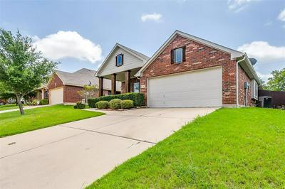 1106 THICKET DR, Mansfield, TX 76063 - Photo 2