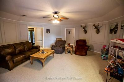 2925 RED OAK CIR, Abilene, TX 79606 - Photo 2
