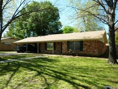 1003 BRENTWOOD ST, Mexia, TX 76667 - Photo 1