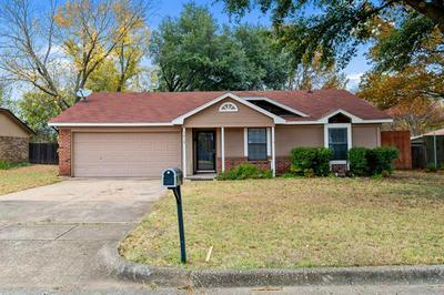 1413 TIMBERCREST DR, Benbrook, TX 76126 - Photo 2