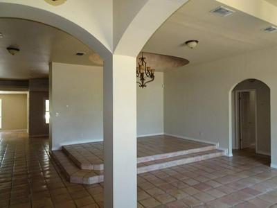 105 CARDINAL LN, Laredo, TX 78045 - Photo 2