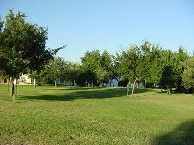 1&2 KIRKS POINT, Corsicana, TX 75109 - Photo 1