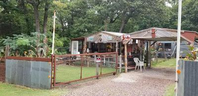 226 ROBIN HOOD RD, Gordonville, TX 76245 - Photo 2