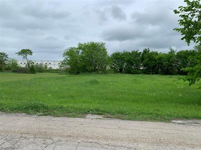 3207 BELVEDERE RD, Lancaster, TX 75134 - Photo 1