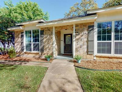 404 BRIARCLIFF CT, COLLEYVILLE, TX 76034 - Photo 2