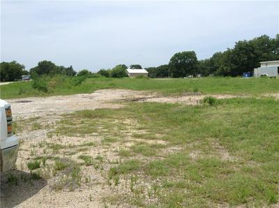 67 S MAGNOLIA AVENUE, HUBBARD, TX 76648 - Photo 2