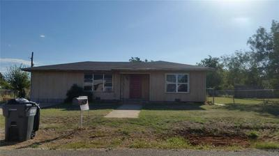 406 RUNNELS, Merkel, TX 79536 - Photo 1