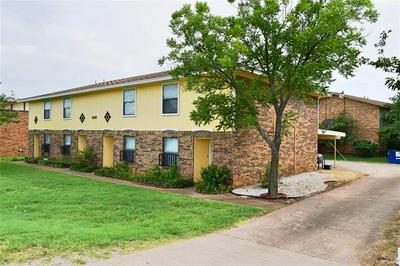 400 AMBER LN APT 2, Crowley, TX 76036 - Photo 2