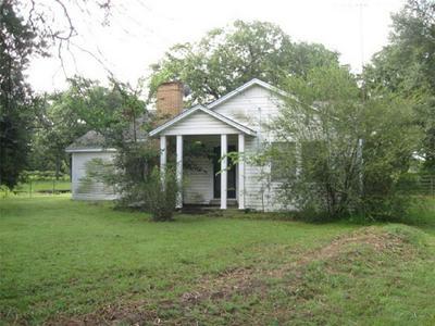 603 W PINE ST, Edgewood, TX 75117 - Photo 1