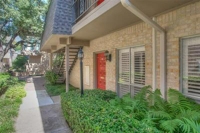 4320 BELLAIRE DR S APT 109, Fort Worth, TX 76109 - Photo 2