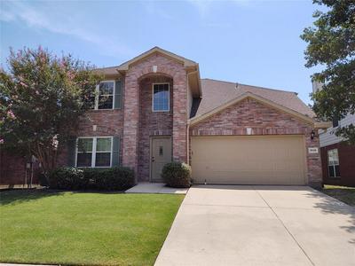 3536 CATTLEBARON DR, Fort Worth, TX 76262 - Photo 1