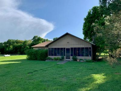 15061 HIGHWAY 6, Iredell, TX 76649 - Photo 2