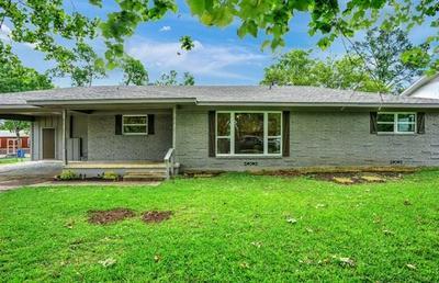 236 CENTER ST, Whitesboro, TX 76273 - Photo 1
