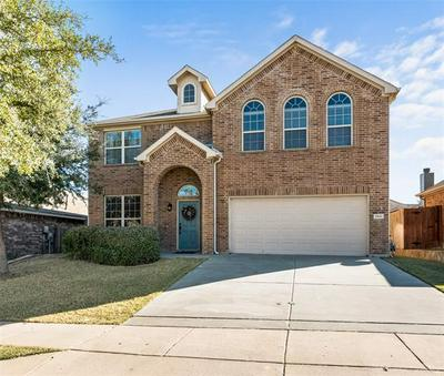 1041 LONG POINTE AVE, Fort Worth, TX 76108 - Photo 1