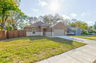 2900 GIPSON ST, Fort Worth, TX 76111 - Photo 1