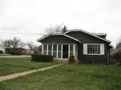 213 S JACKSON ST, Breckenridge, TX 76424 - Photo 2