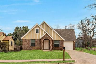 5812 FARNSWORTH AVE, Fort Worth, TX 76107 - Photo 1