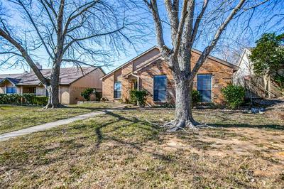 328 SIMS DR, Cedar Hill, TX 75104 - Photo 1