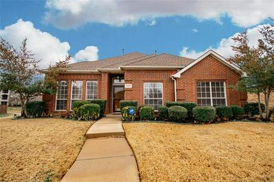 1409 SUMMERWIND LN, Lewisville, TX 75077 - Photo 1