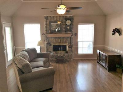 3902 RIDGWAY CIR, Abilene, TX 79606 - Photo 2