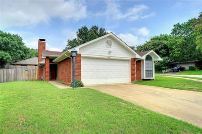 1450 HAMPTON RD, Grapevine, TX 76051 - Photo 1