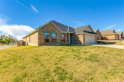 1258 NEWCASTLE DR, Weatherford, TX 76086 - Photo 2