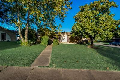 226 MERRIBROOK TRL, Duncanville, TX 75116 - Photo 2