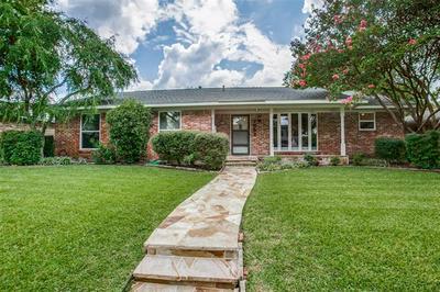 7652 QUERIDA LN, Dallas, TX 75248 - Photo 1