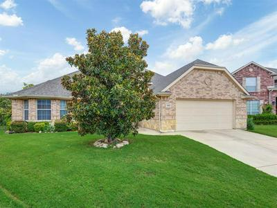 8768 REGAL ROYALE DR, Fort Worth, TX 76108 - Photo 2