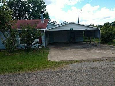 202 MILLER ST, Winfield, TX 75493 - Photo 1