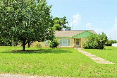 104 MCKINNON ST, Mount Pleasant, TX 75455 - Photo 1