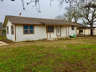 501 E FITZGERALD ST, BANGS, TX 76823 - Photo 1