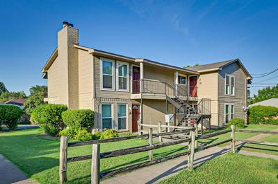 401 N 7TH ST, Midlothian, TX 76065 - Photo 1