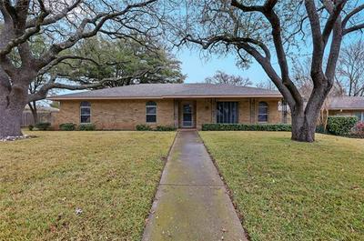 1240 HANNA CIR, DeSoto, TX 75115 - Photo 1