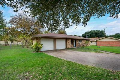 308 REED CIR, Kerens, TX 75144 - Photo 2