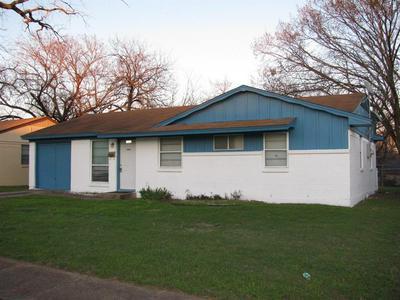 1342 DRIFTWOOD DR, DUNCANVILLE, TX 75116 - Photo 1