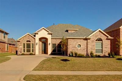 7128 PLAYA PARAISO DR, Grand Prairie, TX 75054 - Photo 1