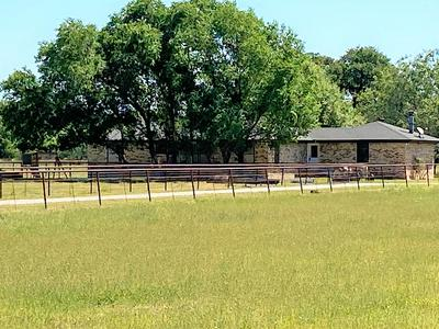 420 E OAK ST, Santo, TX 76472 - Photo 1