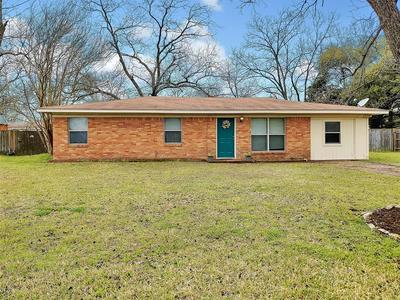 404 CHUMNEY DR, Teague, TX 75860 - Photo 1
