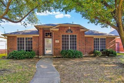 5816 SYCAMORE BEND LN, The Colony, TX 75056 - Photo 1