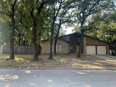 6520 MELINDA DR, Forest Hill, TX 76119 - Photo 2
