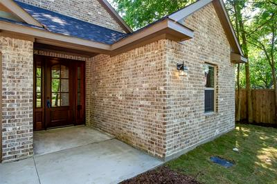 303 E GRAND ST, Whitewright, TX 75491 - Photo 2