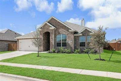 1408 GRASSY MEADOWS DR, Burleson, TX 76058 - Photo 2