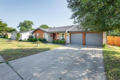 1800 LEXINGTON PL, Bedford, TX 76022 - Photo 2