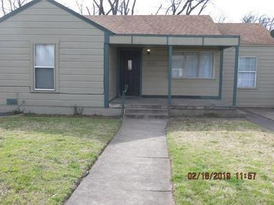 1633 S 15TH ST, Abilene, TX 79602 - Photo 1