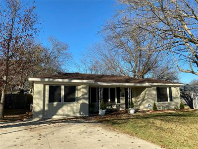5901 CIRCULAR DR, North Richland Hills, TX 76117 - Photo 1