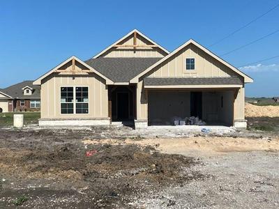 103 CREST LN, DECATUR, TX 76234 - Photo 1