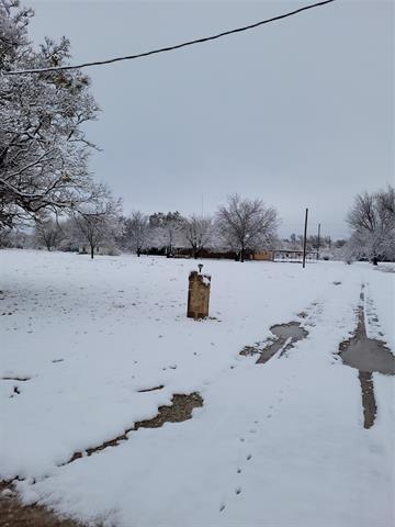 811 WAYLAND RD, Ranger, TX 76470 - Photo 2