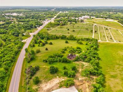 609 N PARKWAY DR, Alvarado, TX 76009 - Photo 1