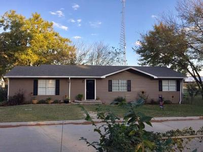 302 BROCKETT ST, AUBREY, TX 76227 - Photo 1